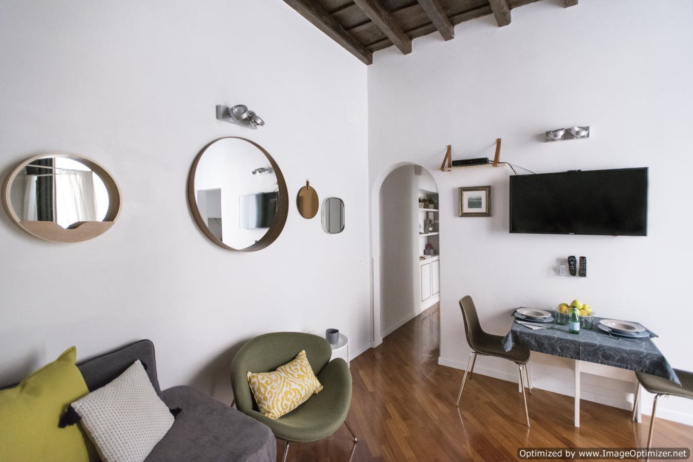 Apartment near Spanish Steps